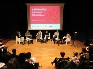 Debat amb Esther Sánchez, Màrius Domínguez, Marina Subirats, Betlem Cañízar i Sara Berbel, moderat per Eva Peruga.