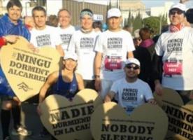 Arrels Runners Solidaris, voluntaris que correran la marató de Barcelona per recaptar fons per Arrels Fundació