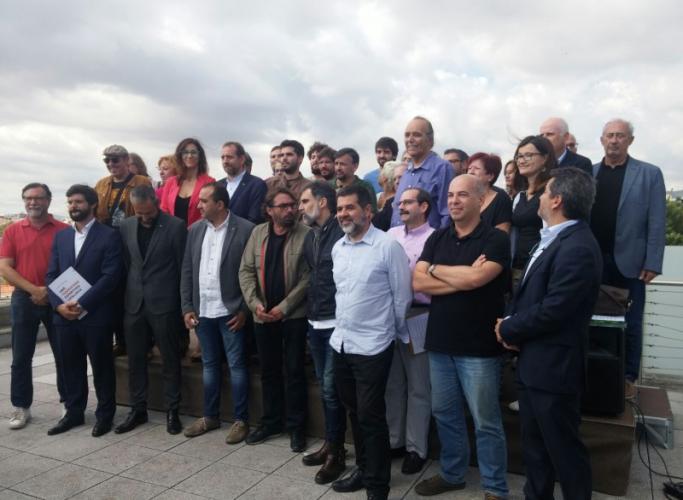 ECAS s'adhereix a la Taula per la Democràcia, impulsada per la societat civil