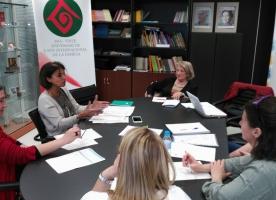 Les entitats d'acció social reclamen sis mesures urgents d'atenció a les famílies