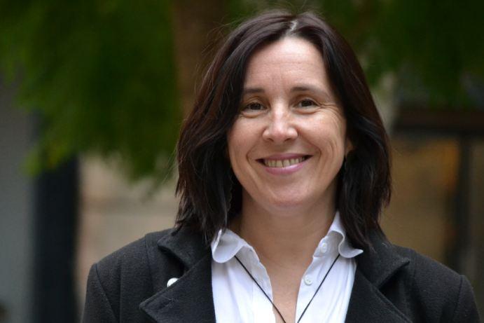 'Humanitzem les xifres', article de Sonia Fuertes a El País