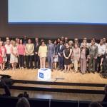 Foto de família amb representants de les federacions membres i de les institucions presents a l'acte.