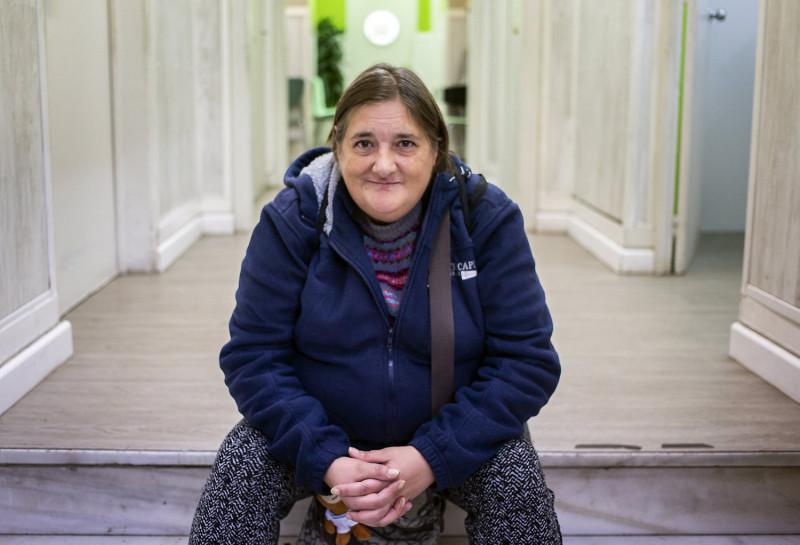 Invisibles i doblement vulnerables: la situació de les dones sense llar a Barcelona
