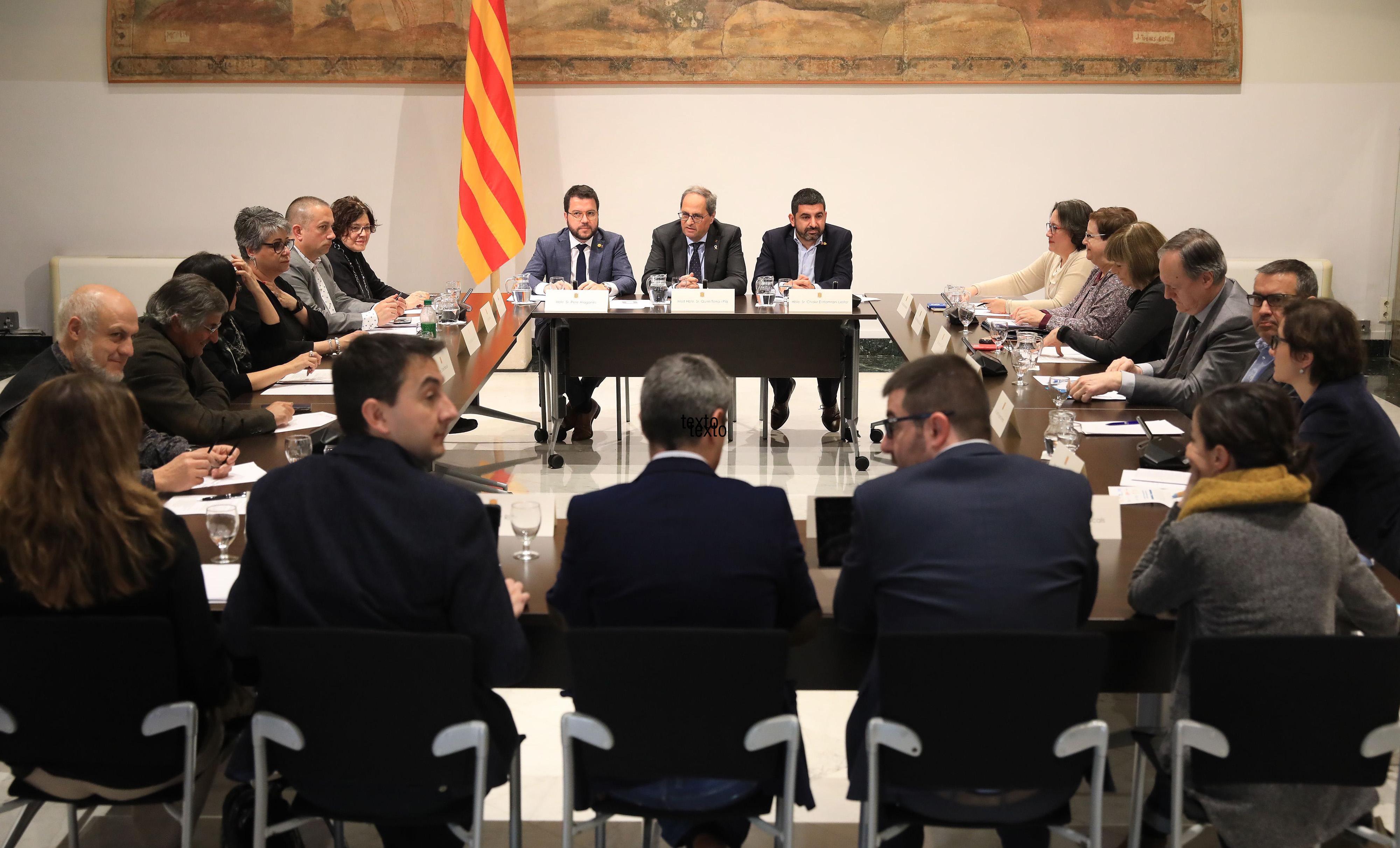 La Mesa unitària reclama al Govern uns pressupostos en clau social i acorda la creació d'un espai estable de diàleg i negociació