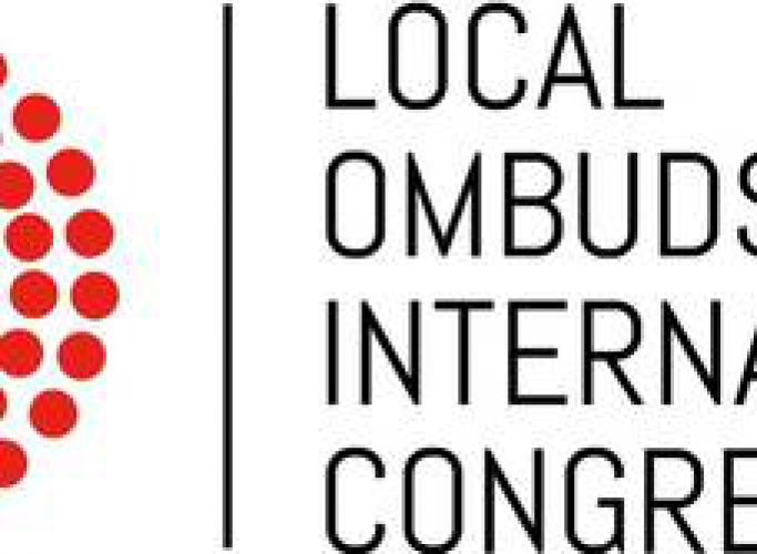 Participació al Congrés Internacional de Defensors Locals a Girona, 24 de novembre