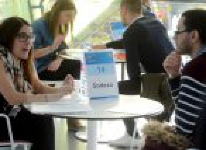 El Programa Làbora celebra l'espai networking de campanya de Nadal entre empreses i participants