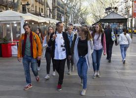 Passejades per descobrir una altra cara de Barcelona de la mà d'Arrels
